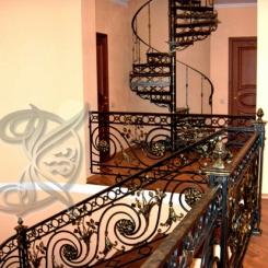 Кованая винтовая лестница КВЛ_4