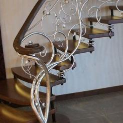 Кованый пригласительный столб для лестницы КПС_26