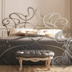 Кованая кровать для спальни КК_5