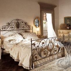 Кованая кровать античная бронза КК_36