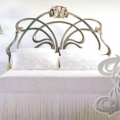 Кровать с кованым изголовьем КК_11
