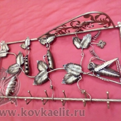 Кованая вешалка КВ_9