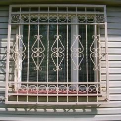 Кованые решетки на окна КР_122