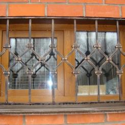 Кованые решетки на окна КР_144