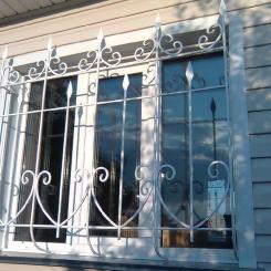 Кованые решетки на окна КР_41