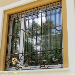 Кованые решетки на окна КР_46