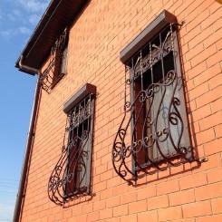 Кованые решетки на окна КР_67
