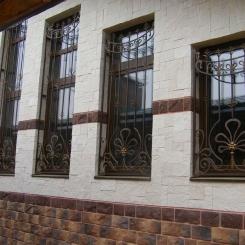 Кованые решетки на окна КР_72