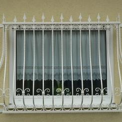 Кованые решетки на окна КР_93