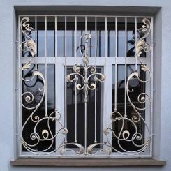 Кованые решетки на окна КР_94